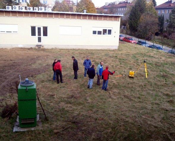 Příprava na zahájení stavebních prací na místě budoucího objektu laboratoří technologií